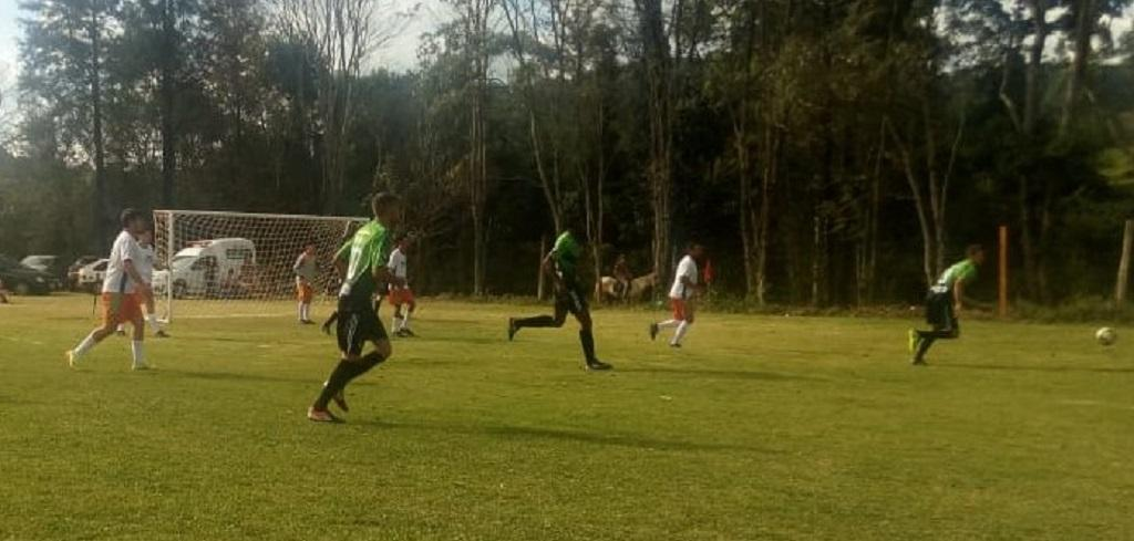 6ª Copa de Futebol Suíço Rural Sicredi 4 times disputam a semifinal neste domingo